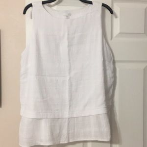 J Jill Sleeveless white peplum gauze like top